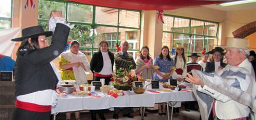 """Angelino.cl - Escuela Especial """"Esperanza"""" de Los Ángeles celebró IX Muestra Gastronómica"""