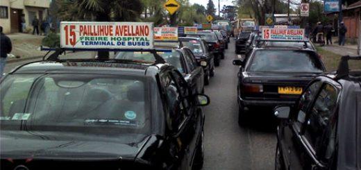 Angelino.cl - Colectiveros paralizan y se toman Avenida Los Carrera cansados de los asaltos en sector Paillihue de Los Ángeles