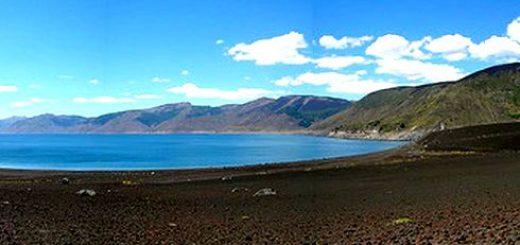 Lago Laja próximo a llegar a niveles mínimos históricos y regantes piden cambio en convenio de extracción de agua