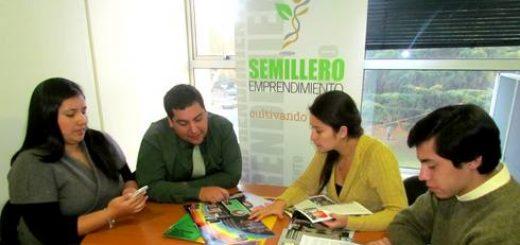 Alumnos angelinos apoyan a las pymes locales con proyecto de emprendimiento
