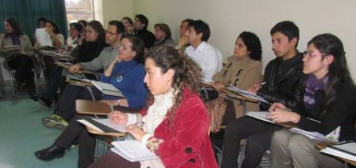 UNIVERSIDAD SANTO TOMÁS LOS ÁNGELES - Cerca de 40 profesores de diferentes establecimientos y de la Universidad Santo Tomás, fueron parte de la capacitación