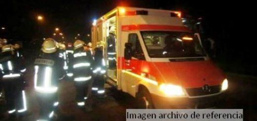Bomberos rescata a mujer arrojada a canal de riego en Paillihue
