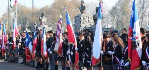 En avenida 21 de Mayo se conmemora el Día de las Glorias Navales