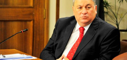 Alcalde informa a concejo municipal sobre pre-informe contra ex alcalde Joel Rosales