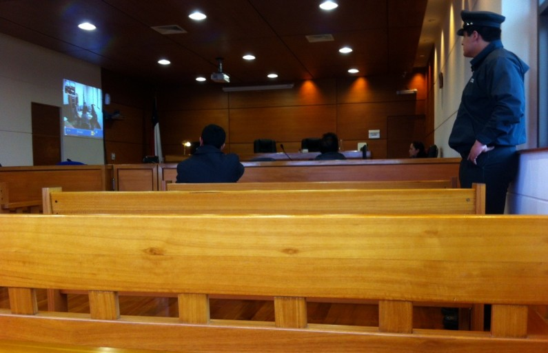 Condenado por violación hombre de 47 años que aseguraba pololear con niña de 13 en Quilleco