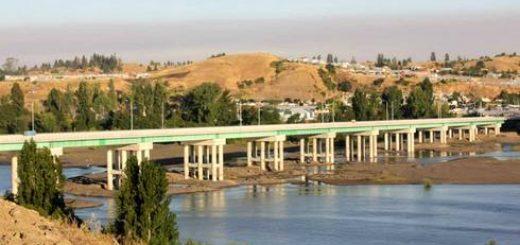Intendente Lobos anunció para el 3 de marzo puesta en marcha de puente Laja - San Rosendo (Foto: Lajino.cl)