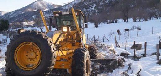 Continúan las labores de despeje de rutas y entrega de ayudas en Alto Bío-Bío