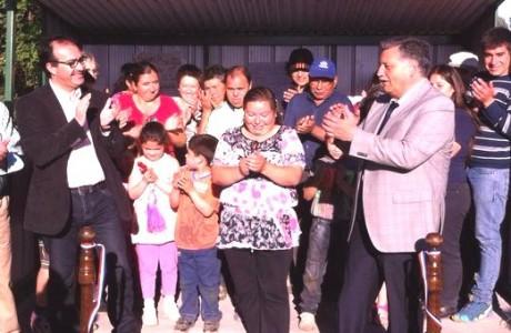 Entregan implementación a sede vecinal y habilitan garita para vecinos del sector Los Sauces