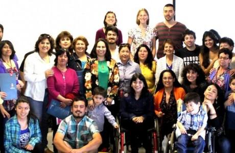 Pacientes con discapacidad logran independencia en su higiene bucal