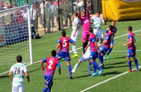 Iberia sorprende y vence a Deportes Temuco en Villarrica