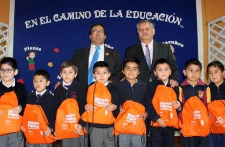 Set escolares beneficia a 3.783 alumnos de la comuna de Los Ángeles
