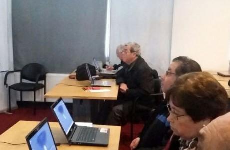Dirigentes sociales de Adultos Mayores se capacitarán en herramientas digitales en la región