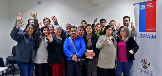 Capacitan a dirigentes y líderes sociales en prevención de violencia contra la mujer
