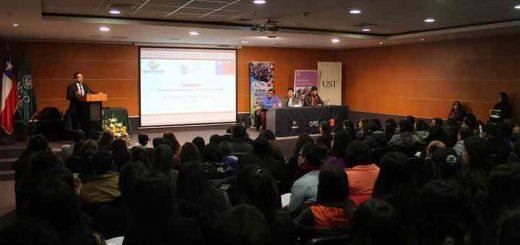 Seminario abordó trabajo con la infancia desde la interculturalidad