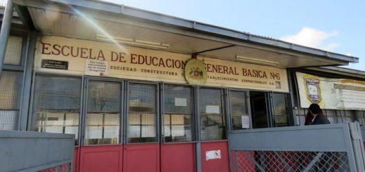 Comenzarán arreglos de baños y camarines de la escuela Manuel Blanco Encalada