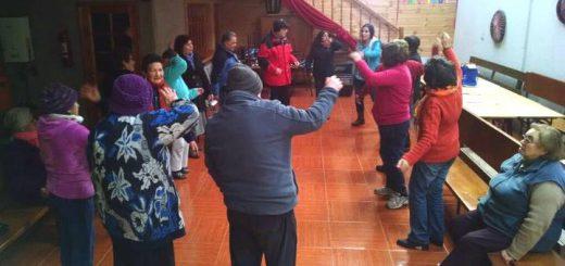 CESFAM invitan a participar en talleres de programa Más Adultos Mayores Autovalentes