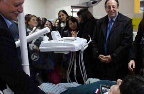 """Inauguran box dental en Liceo Comercial """"Diego Portales Palazuelos"""" de Los Ángeles"""