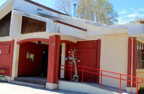 Escuela Chacayal Sur mejora sus instalaciones