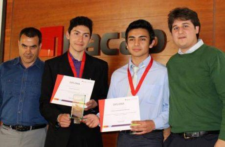 Jóvenes de Liceo Industrial pasan a nacional de Go Innova