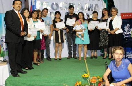 Gracias al Programa de Nivelación de Estudios, 120 adultos terminan su enseñanza media