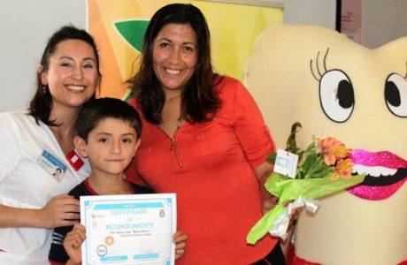 CESFAM Santa Fe premió a niños con bocas sanas